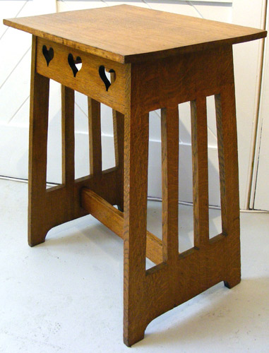 F123 Arts And Crafts Side Table