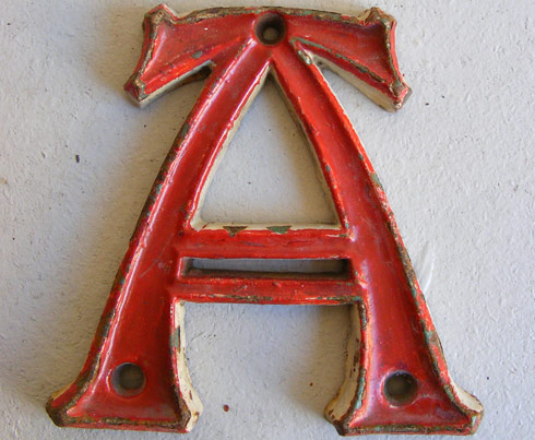 oi_101 arts and crafts gothic cast iron letters