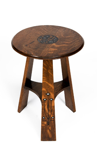 Magnificent Arts and Crafts Side Table 333 x 500 · 36 kB · jpeg